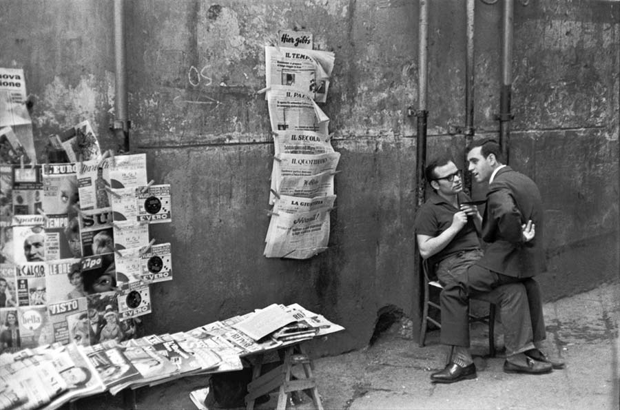 Henri Cartier-Bresson News Stand